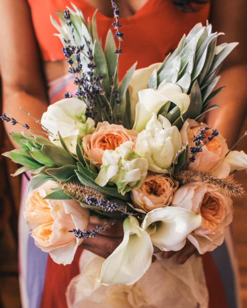 Flower For Wedding Cost: Wedding Flowers 101: Cost, Season And